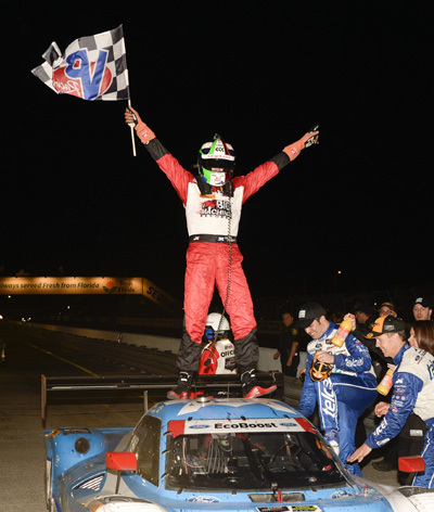 Wee Bro dancing on the roof - Marino Franchitti after Sebring.