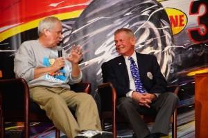 Robin Miller interviews Unser. Albert Wong photo.